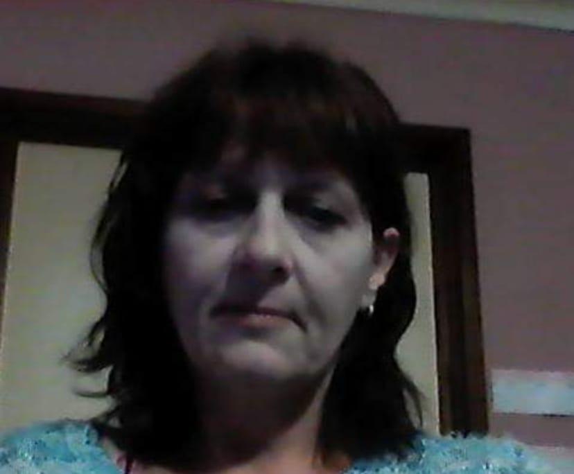 Tanya (50), $200, Smoker, No pets, and No children
