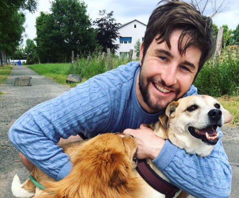 Jake (28), $450, Non-smoker, No pets, and No children