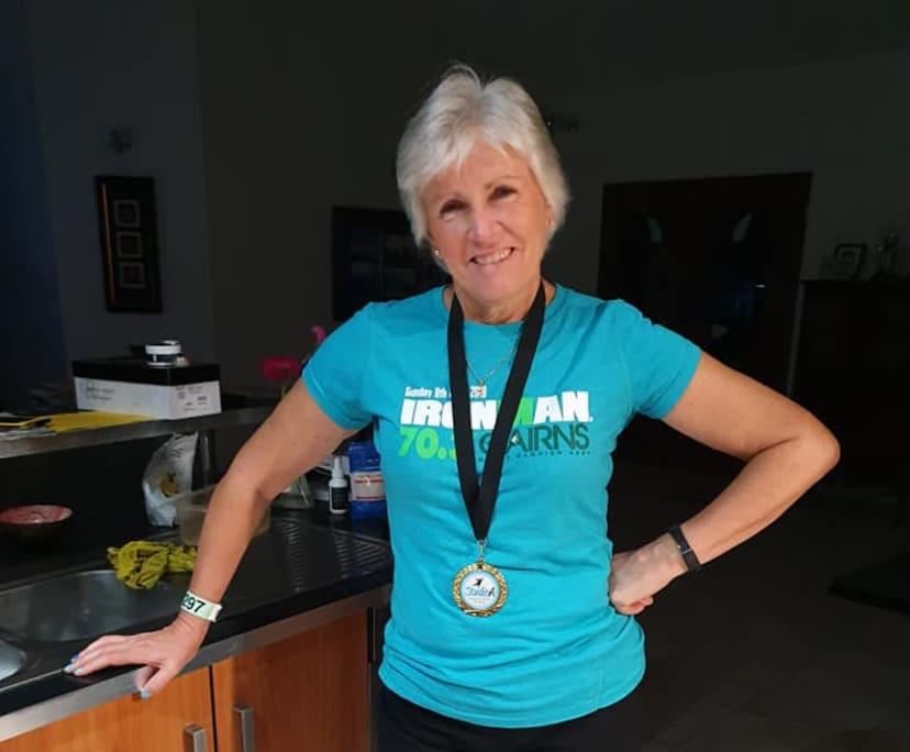Carolyn (59), $200,