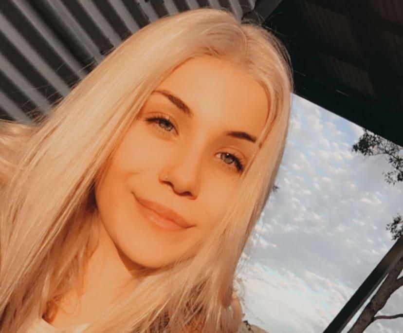 Olivia Flesser (18), $300, Smoker, No pets, and No children