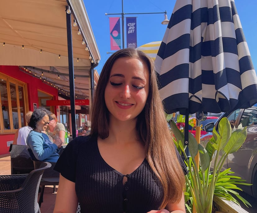 Eva (20), $250,