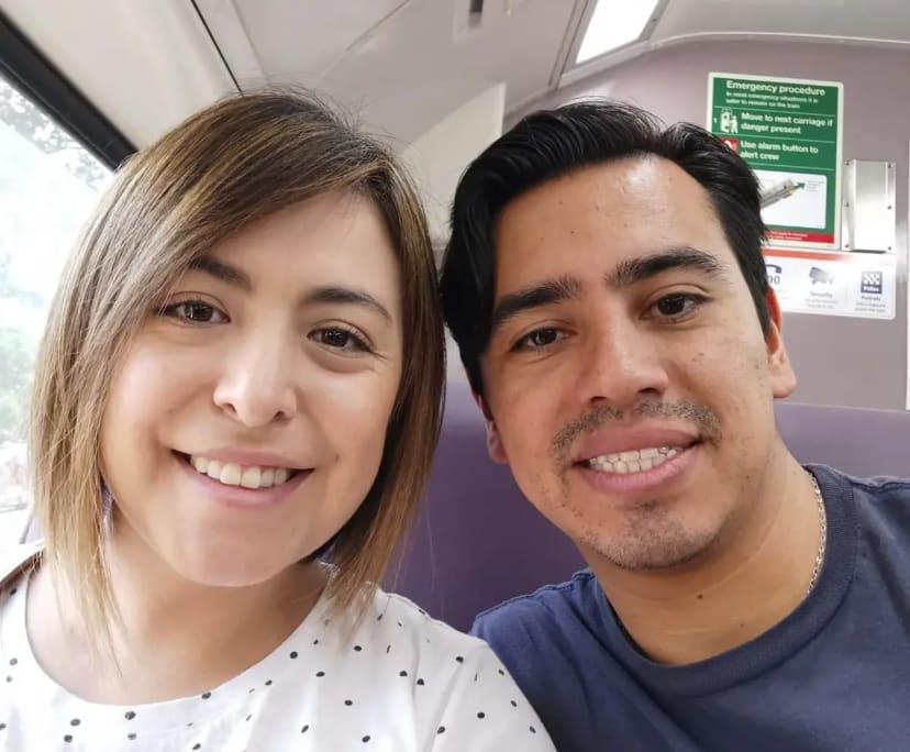 Carlos (35) and Carla (33), $250, Non-smoker, Have pets, and No children