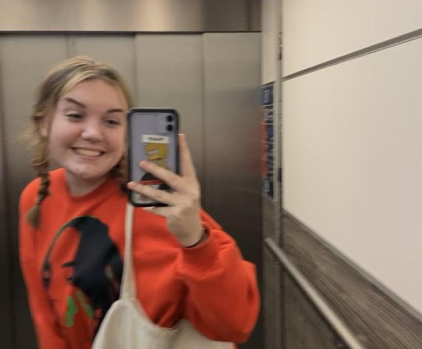 Ella (19), $250, Non-smoker, No pets, No children, and LGBT+