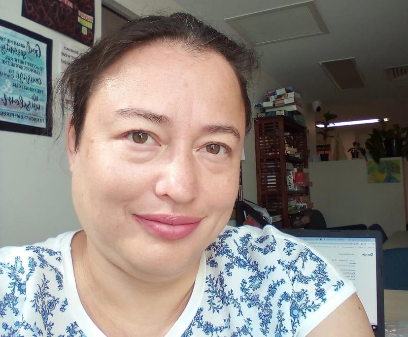 Kathy (42), $250, Non-smoker, No pets, No children, and LGBT+
