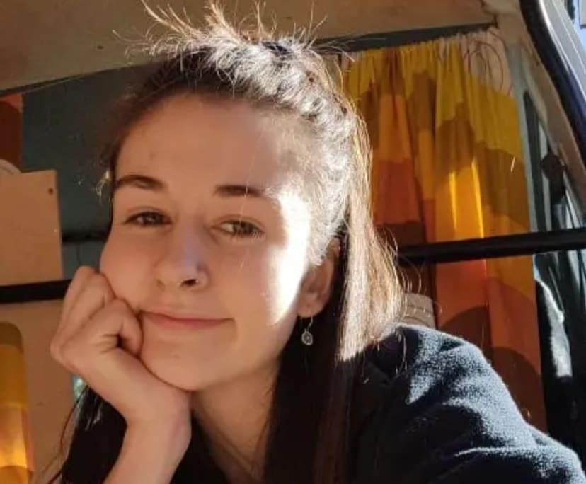 Freya (21), $200, Non-smoker, No pets, and No children