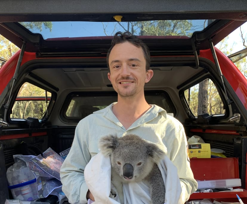 Adam (32), $330, Non-smoker, No pets, and No children
