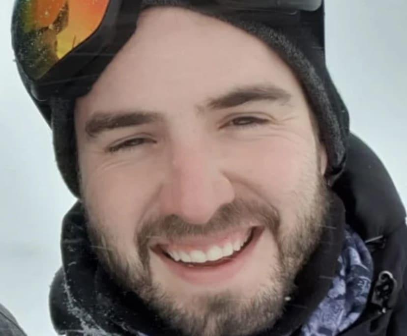 Dan (28), $300,