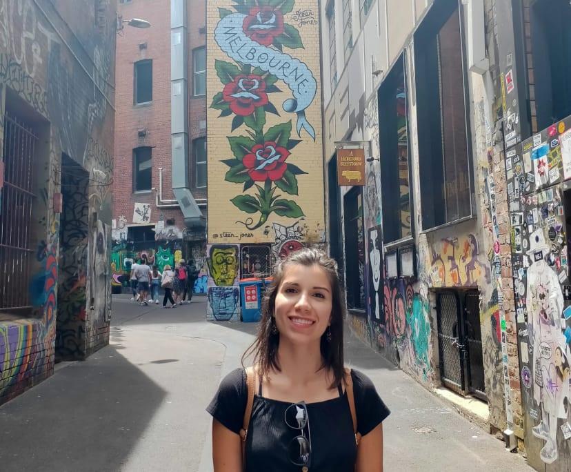 Mariana (30), $300, Non-smoker, No pets, and No children