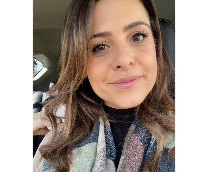 Sofia (34), $190, Non-smoker, No pets, and No children
