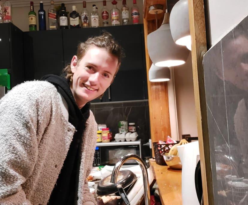 Pieter (24), $150,