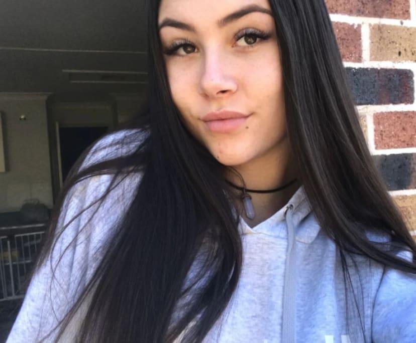 Jessica (19), $150, Non-smoker, No pets, and No children