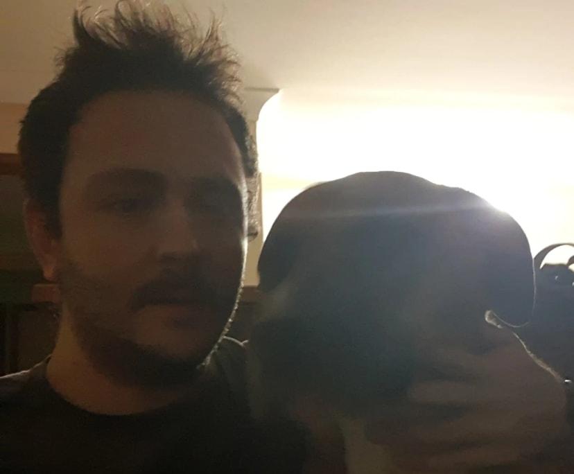 Thomas (27), $300, Non-smoker, Have pets, and No children