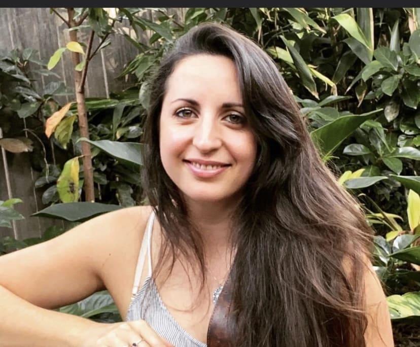 Karina (34), $300,
