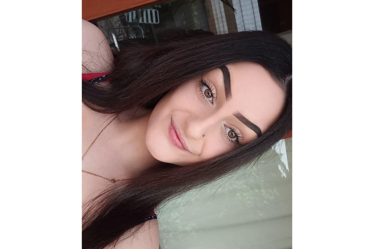 Jessica (18), $250, Smoker, No pets, and No children