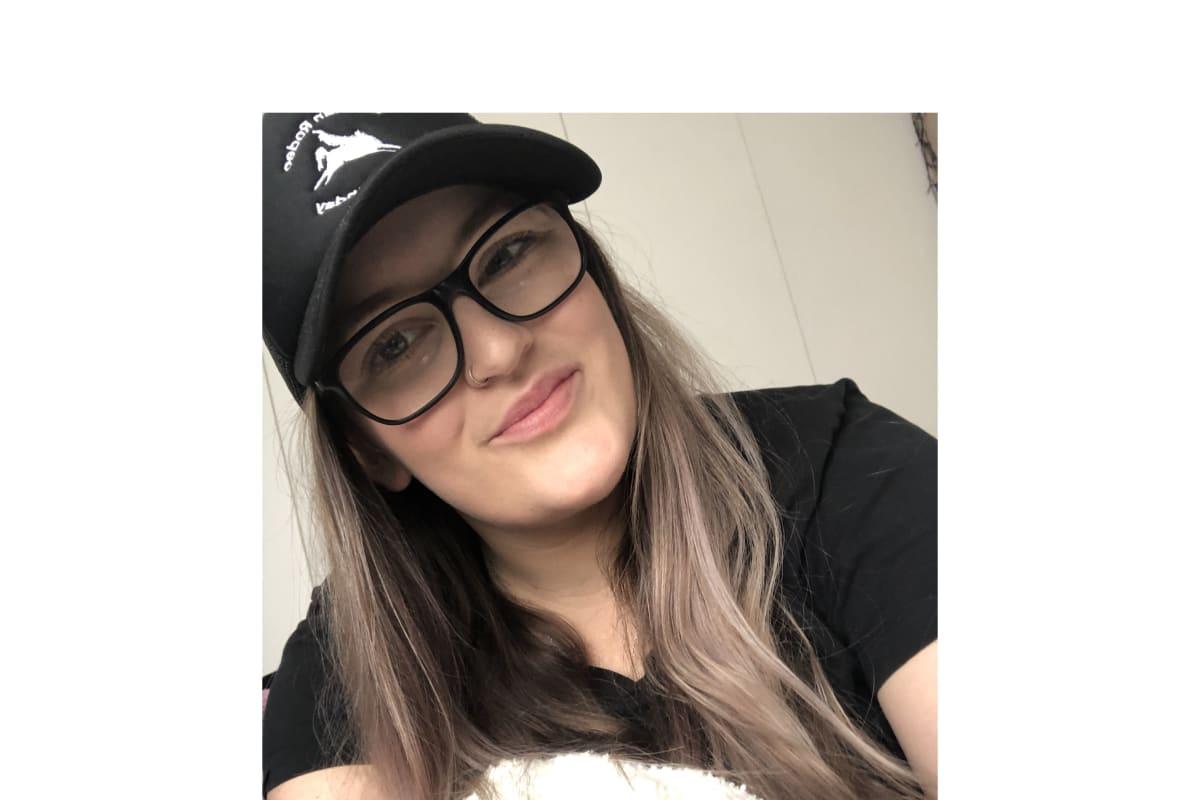 Morgan (22), $350, Have pets, Non-smoker, and No children