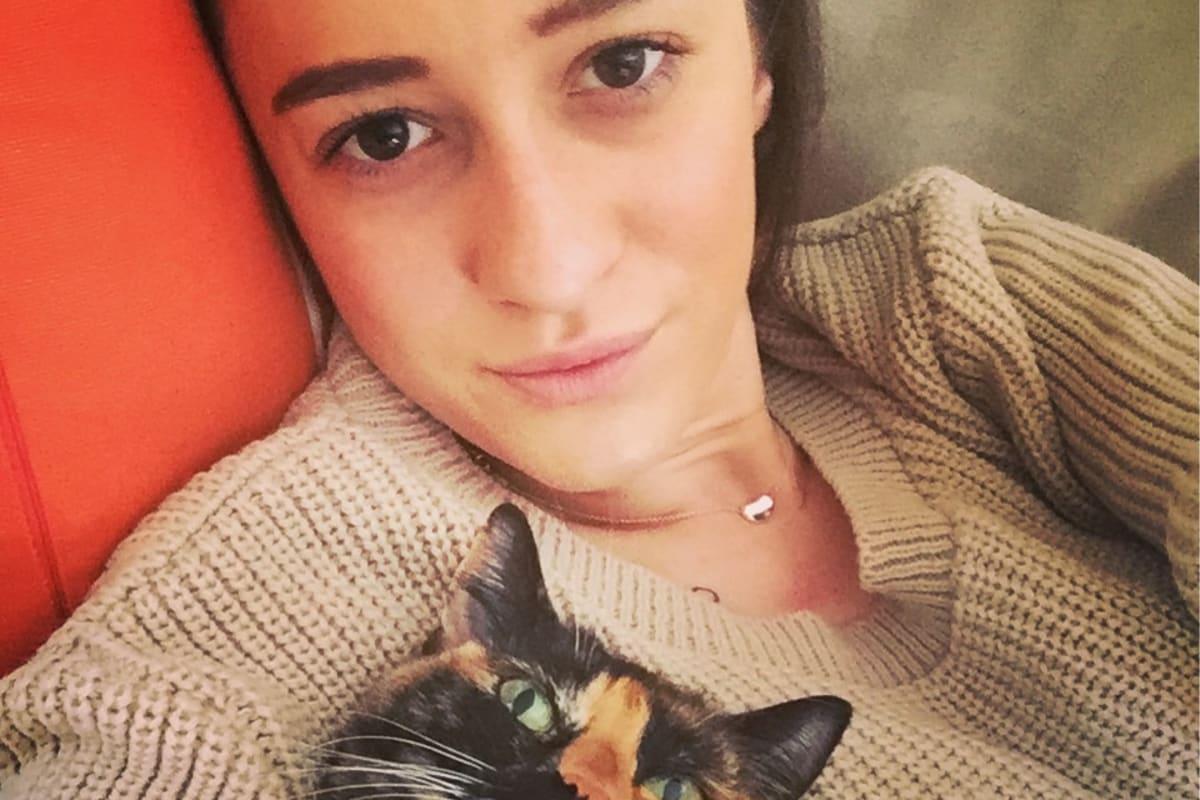 Tori (26), $230, Have pets, No children, and Non-smoker
