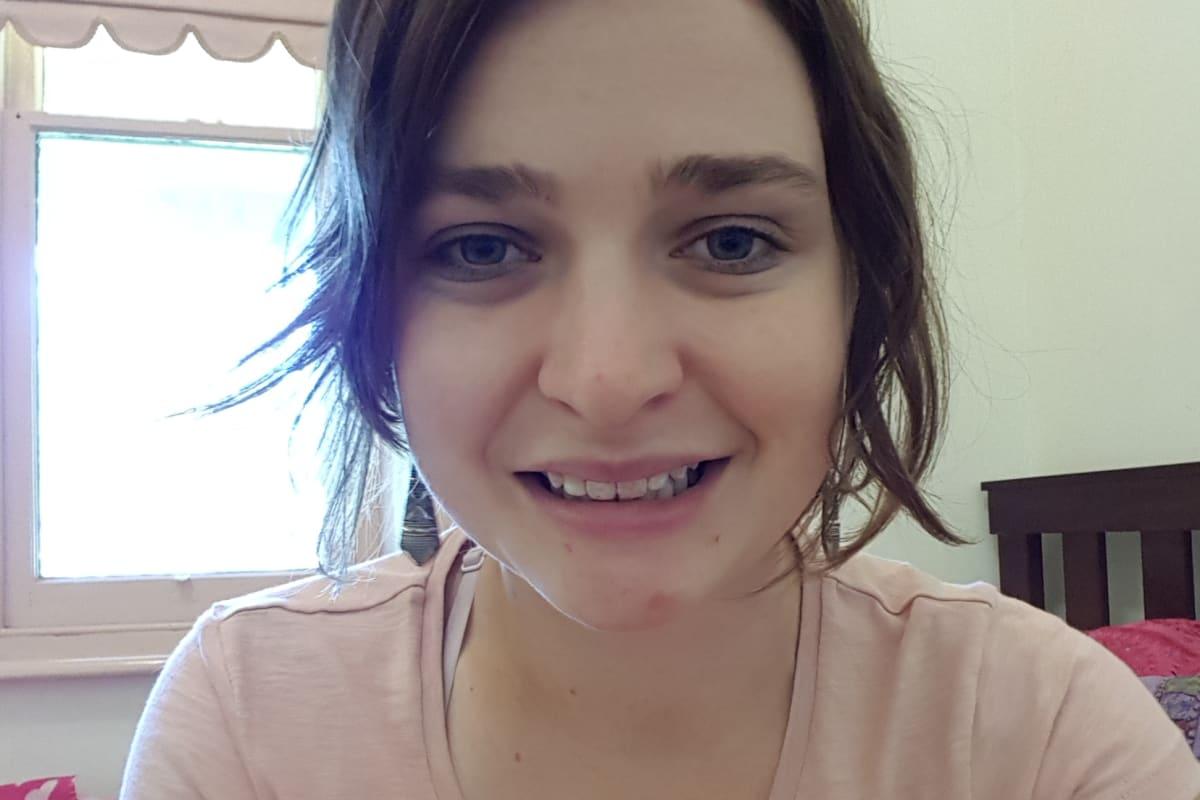 Kat (27), $250, Non-smoker, No pets, and No children