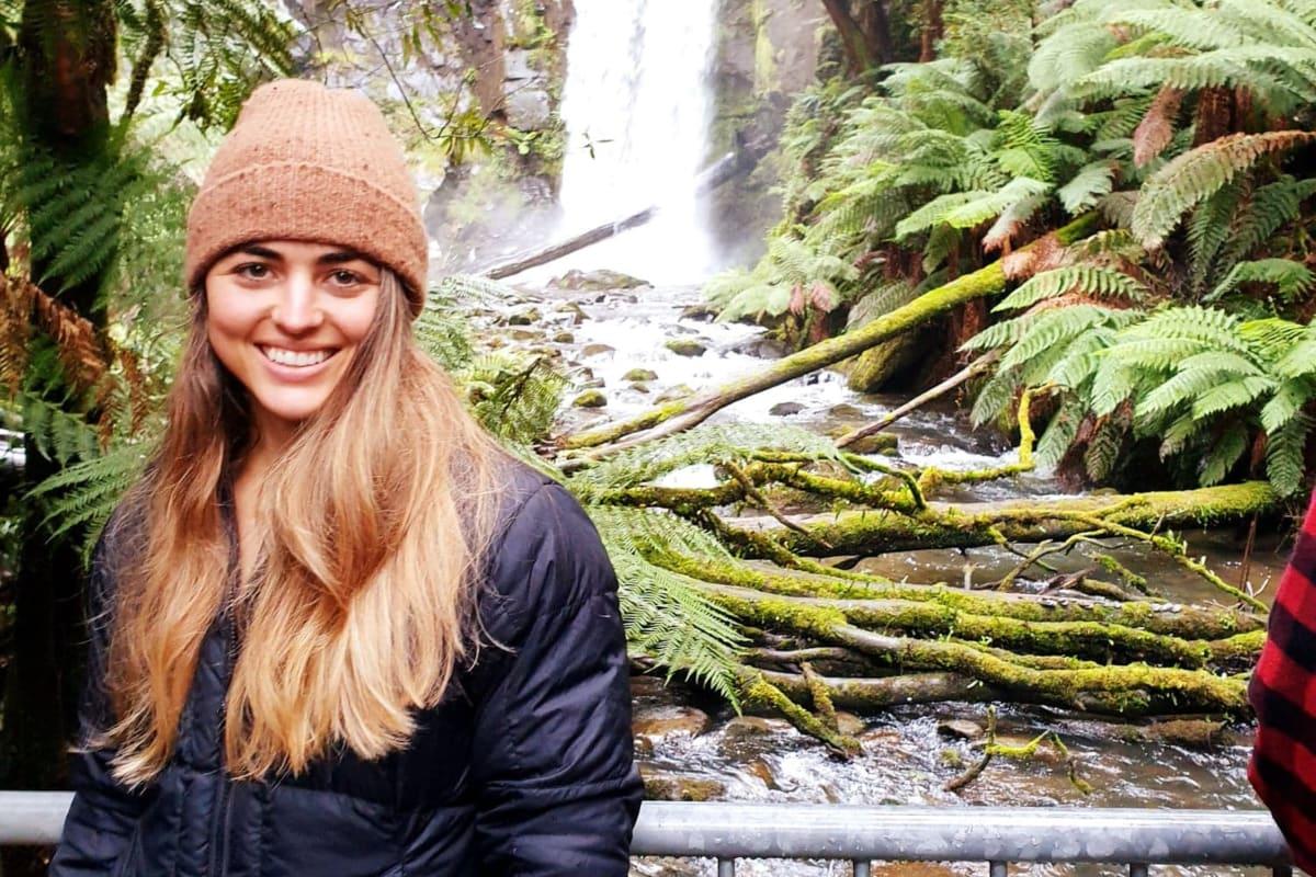 Erica (27), $250,