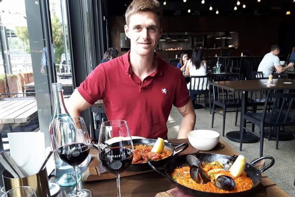 Sébastien (30), $250,