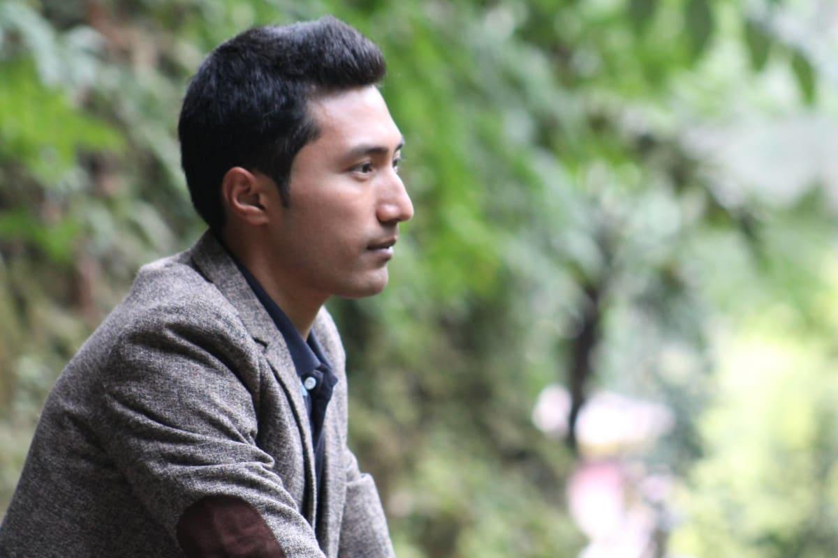 Sanjay (30), $150, Smoker, No pets, and No children