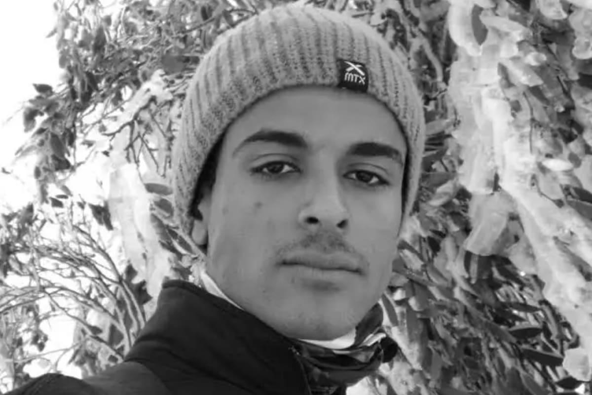 Yasir (21), $220, Smoker, No pets, and No children