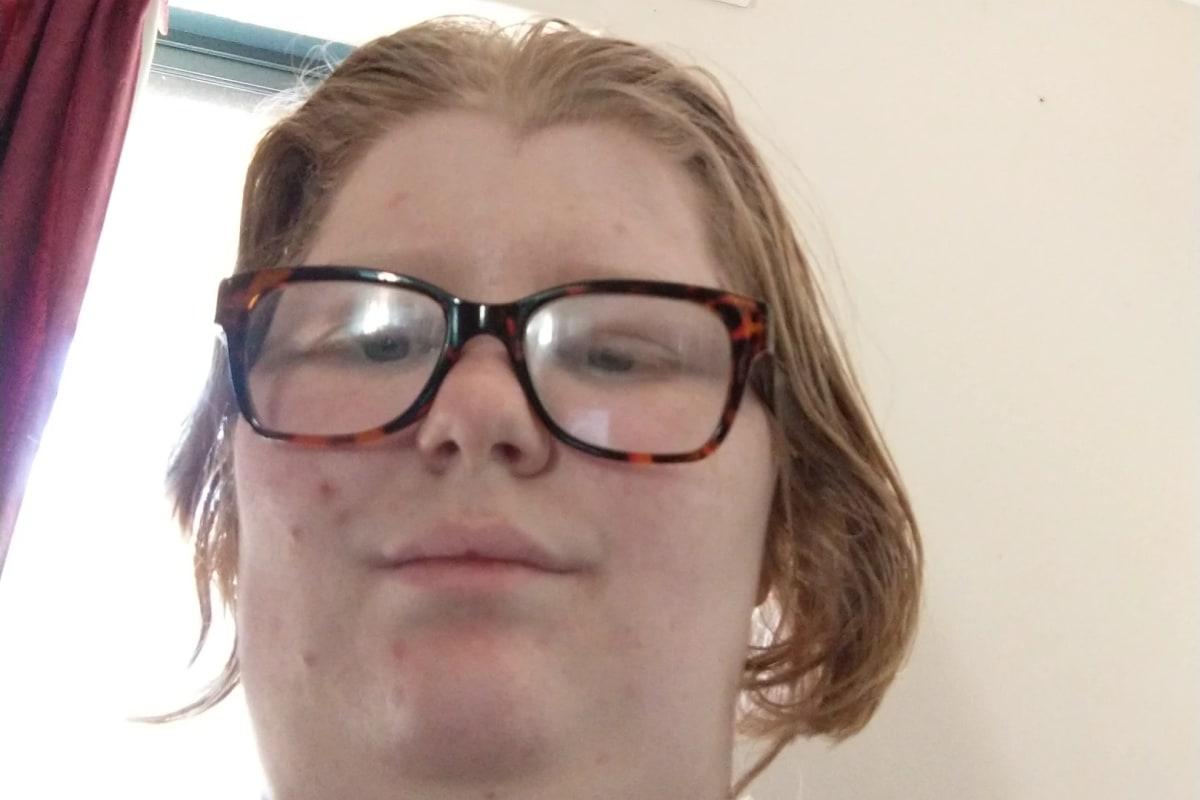 Emily (20), $160, No pets, Non-smoker, No children, and LGBT+
