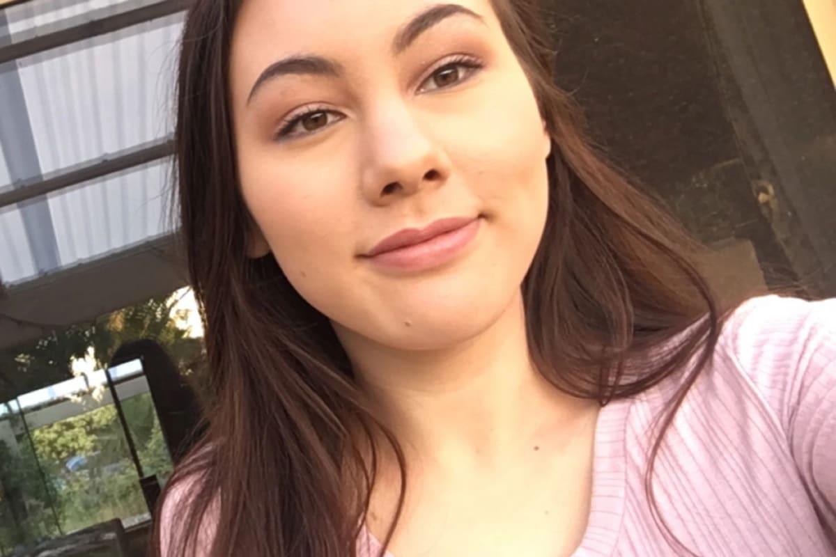 Simone (20), $200,