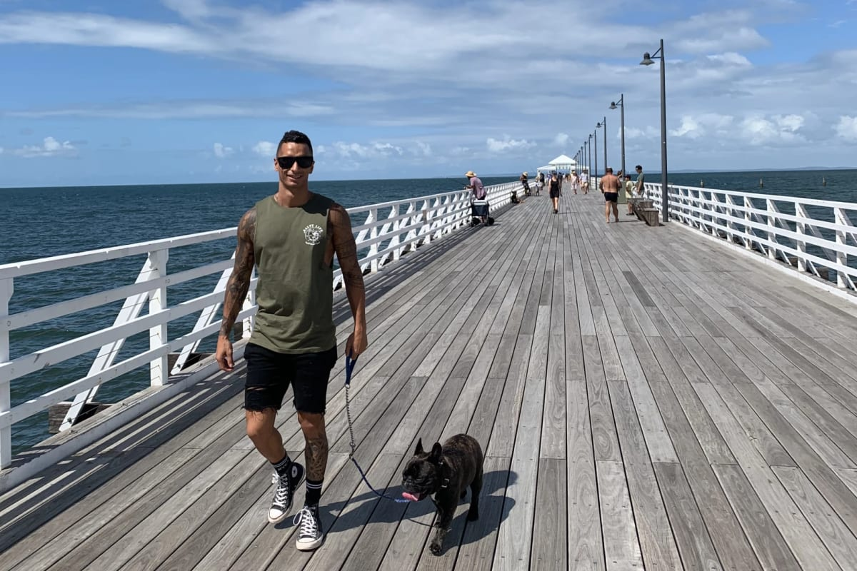 Joshua (29), $240, Non-smoker, Have pets, and No children