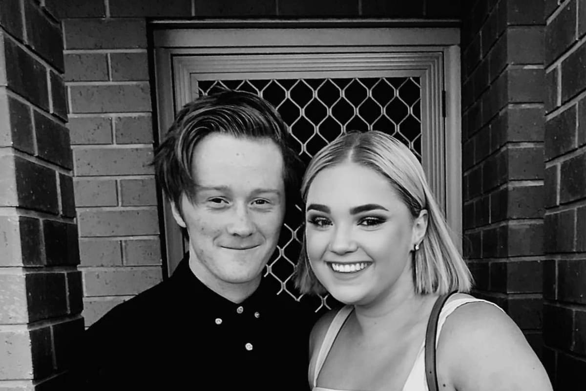 Emily (17) and Lachlan (18), $200, Non-smoker, No pets, and No children