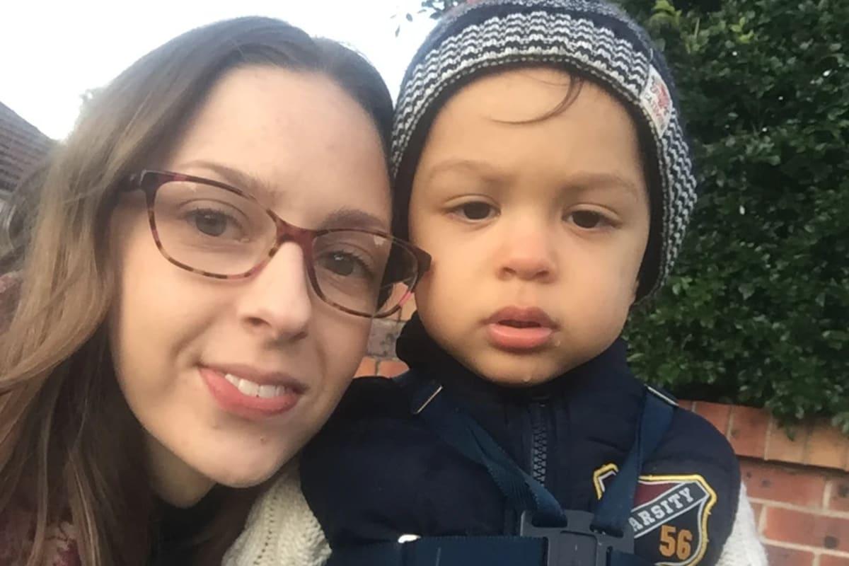 Eleonora (23), $300, Have children, Non-smoker, and No pets