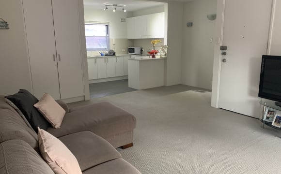 Banksmeadow, Chifley, Clovelly, Coogee & Hillsdale Rooms for