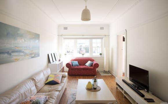 """<a href=""""/rooms/bondi-2026"""">Bondi</a>, <a href=""""/rooms/sydney"""">Sydney</a>"""