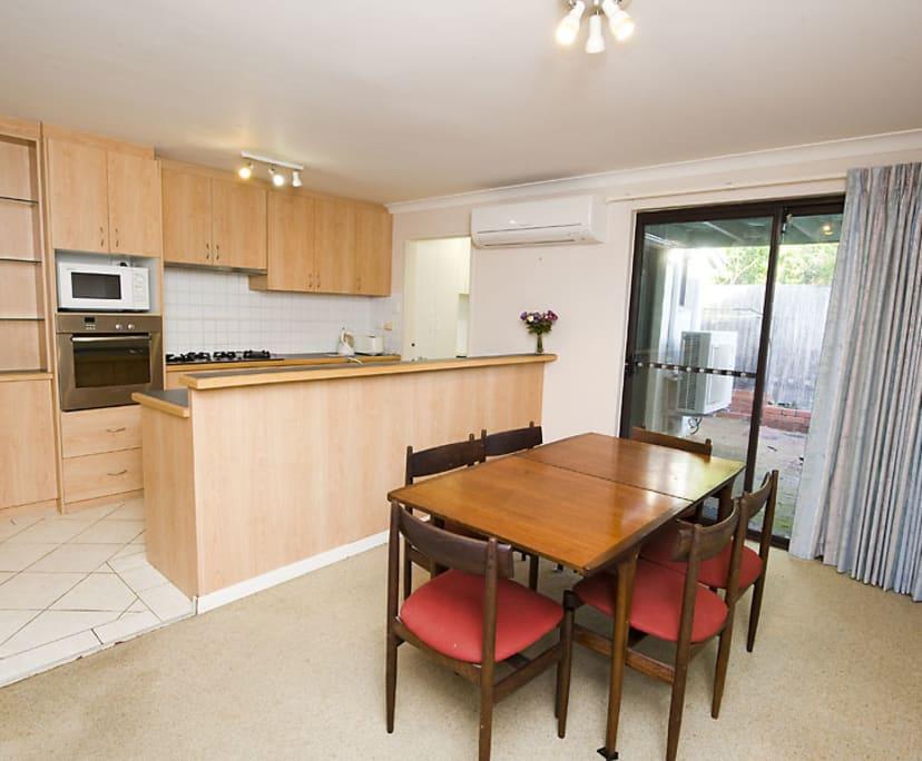 $240, Share-house, 3 bathrooms, Cook Street, Crawley WA 6009