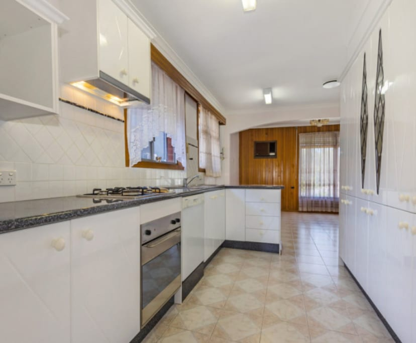 $175-190, Share-house, 2 rooms, Station Street, Box Hill VIC 3128, Station Street, Box Hill VIC 3128