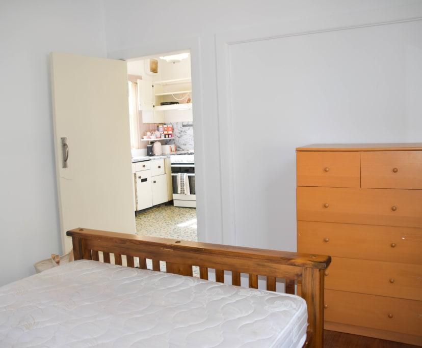 $150, Flatshare, 2 bathrooms, Windsor VIC 3181