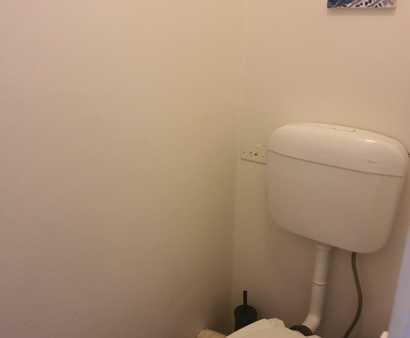 $215, Flatshare, 2 bathrooms, Windsor VIC 3181
