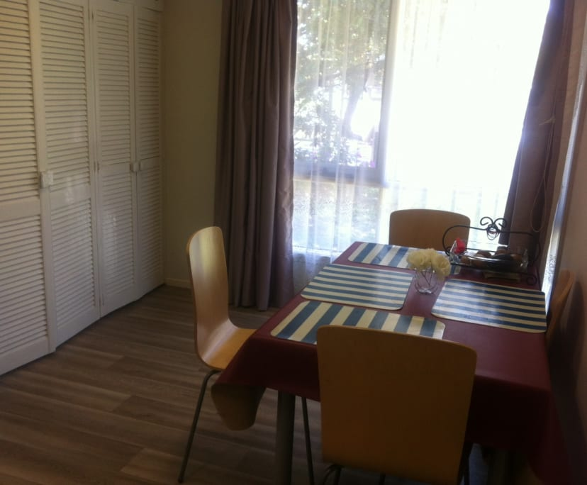 $165, Share-house, 3 bathrooms, Ferntree Gully Road, Wheelers Hill VIC 3150