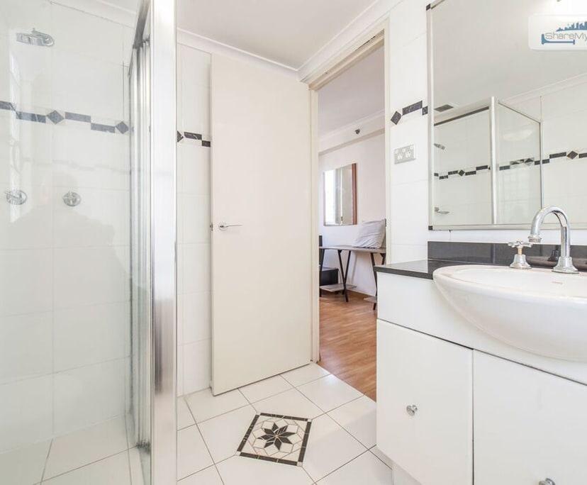 $360, Flatshare, 3 bathrooms, George Street, Sydney NSW 2000