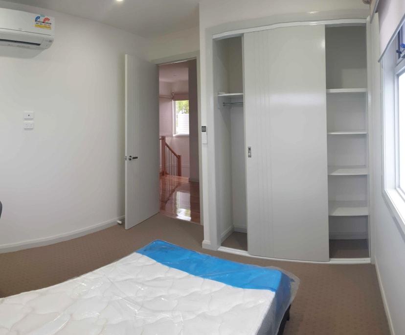 $200, Student-accommodation, 4 bathrooms, Tullius Avenue, Oakleigh East VIC 3166