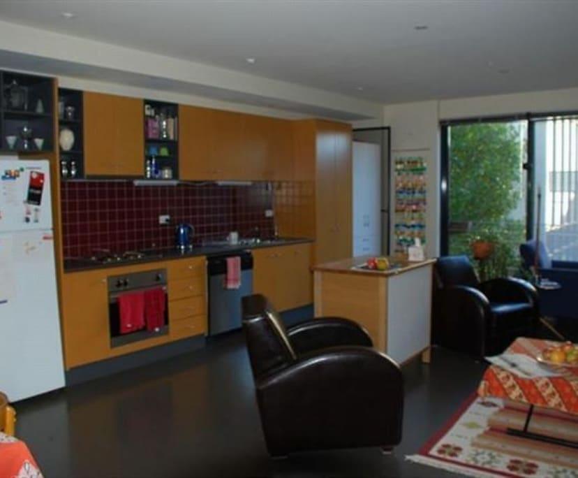 $260, Flatshare, 2 bathrooms, Wellington Street, Collingwood VIC 3066