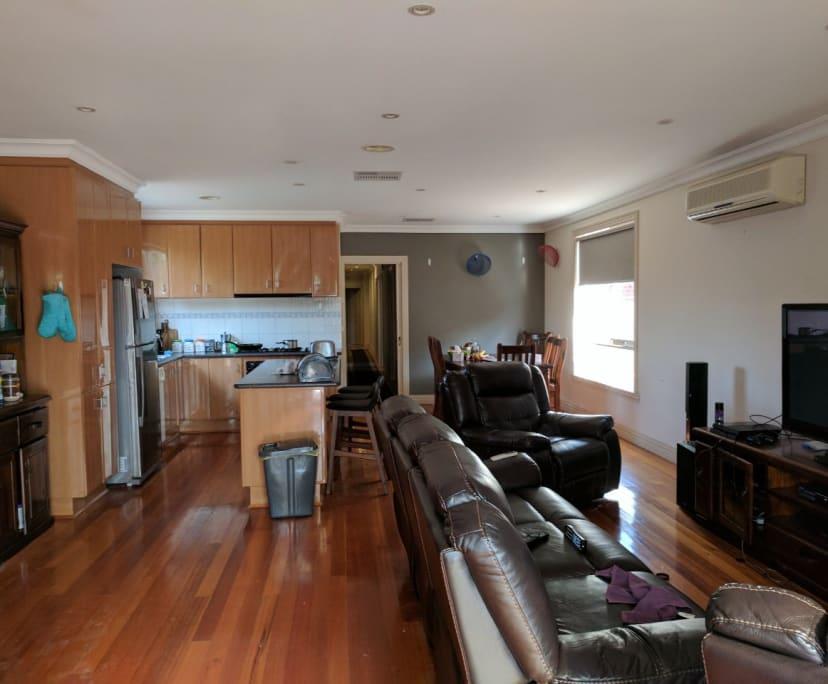 $160, Student-accommodation, 5 bathrooms, Bent Street, Saint Albans VIC 3021