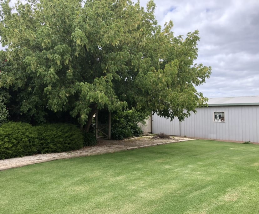 $200, Whole-property, 3 bathrooms, Somerton Court, Darley VIC 3340