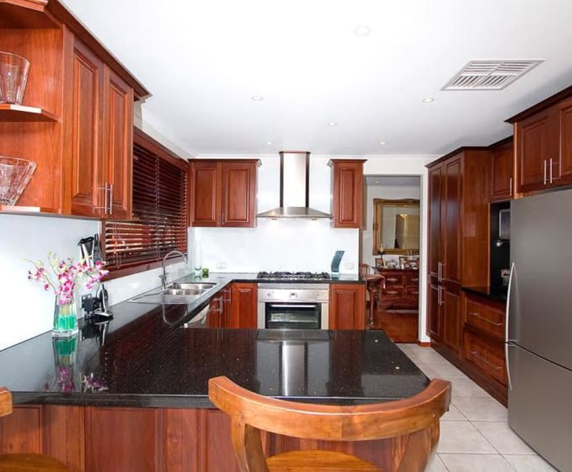 $170, Share-house, 4 bathrooms, North Circular Road, Gladstone Park VIC 3043