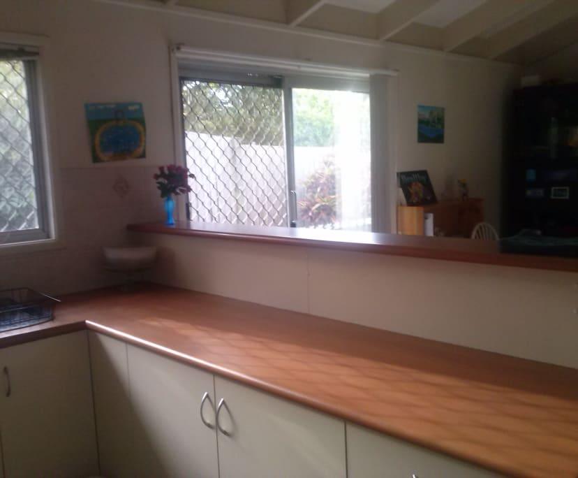 $160, Share-house, 4 bathrooms, Bloodwood Crescent, Molendinar QLD 4214