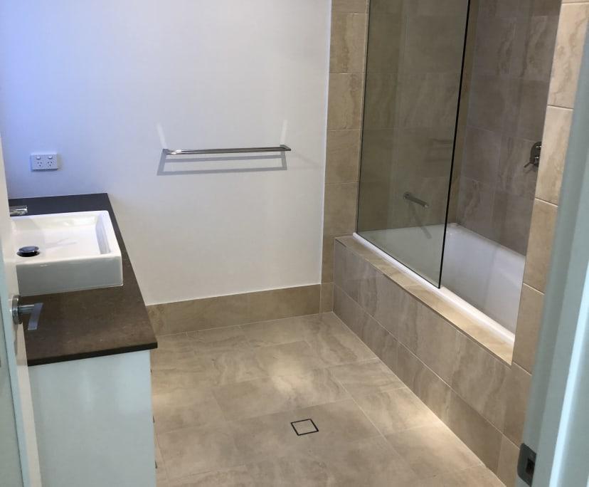 $250, Share-house, 4 bathrooms, Kingfisher Lane, East Brisbane QLD 4169