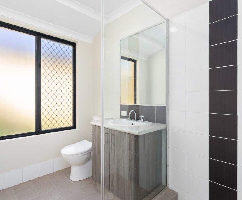 $175, Share-house, 6 bathrooms, Saint James WA 6102