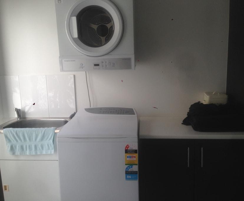 $240, Share-house, 3 bathrooms, Paradise Island, Surfers Paradise QLD 4217