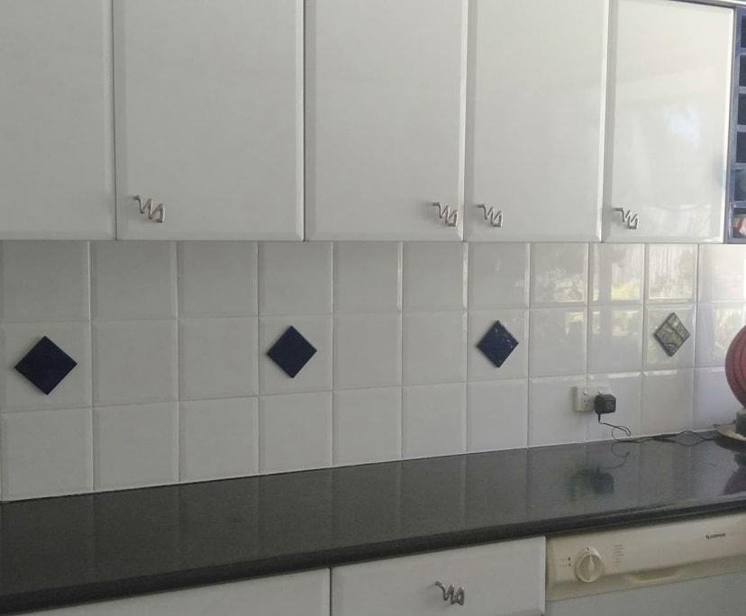 $300, Flatshare, 2 bathrooms, Saint Tropez Terrace, Bundall QLD 4217