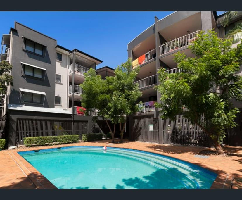 $230, Flatshare, 2 bathrooms, Kangaroo Point QLD 4169
