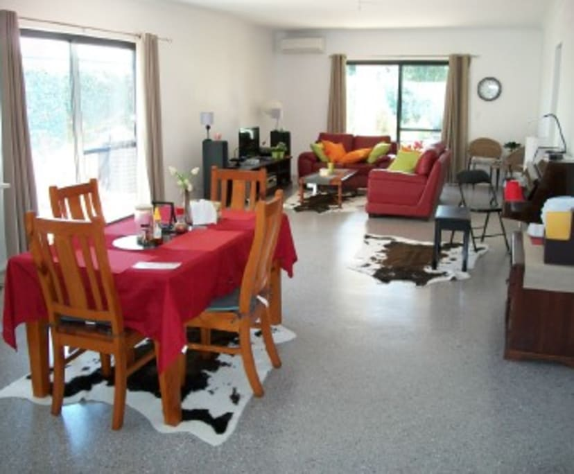 $220, Share-house, 3 bathrooms, Manning WA 6152